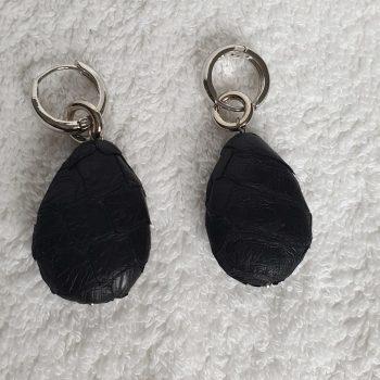 Zwarte hanger oorbellen 2