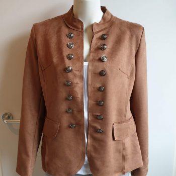 blazer bruin